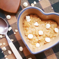 peanut-butter-white-chocolate-oatmeal-thumb