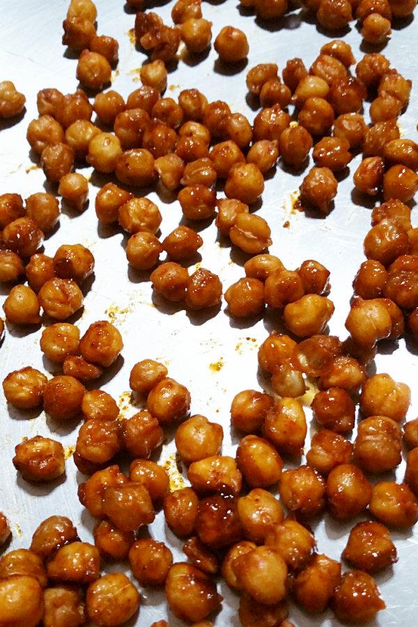 roasted-taco-chickpeas-1