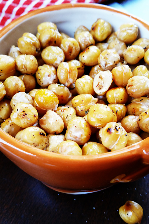 lemon-garlic-roasted-chickpeas-2