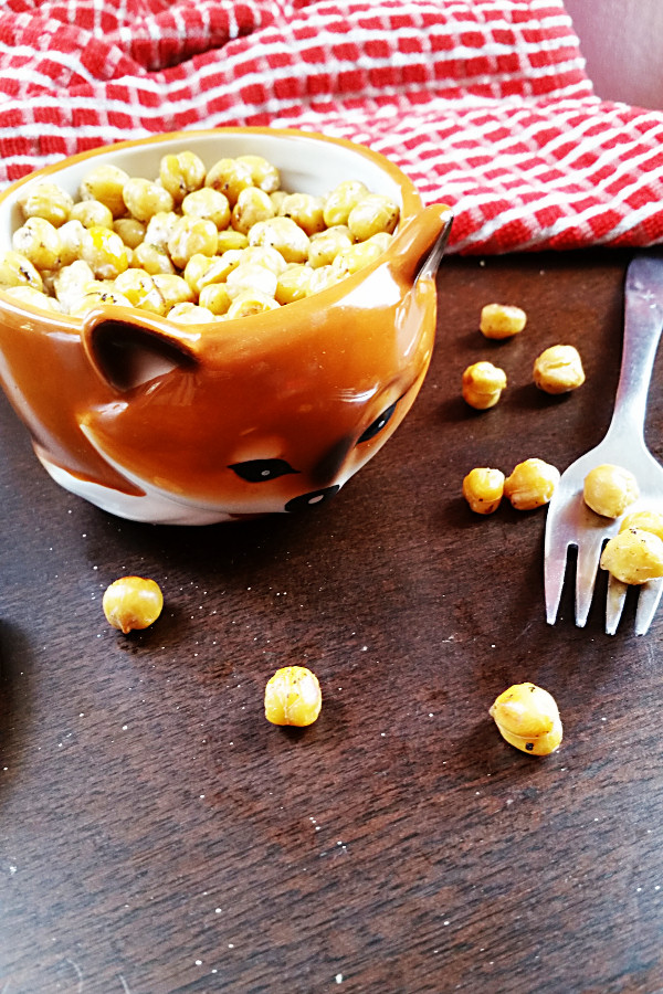 lemon-garlic-roasted-chickpeas-3