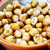 lemon-garlic-roasted-chickpeas-thumb