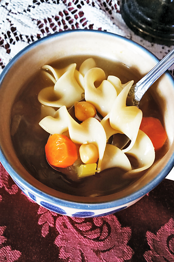 chickpea-noodle-soup-2