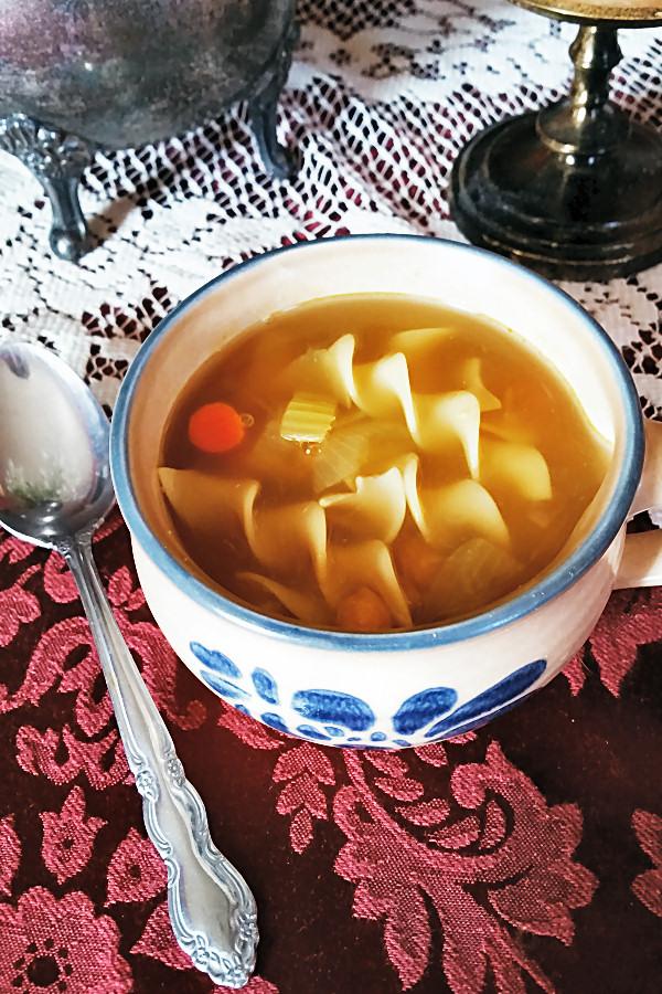 chickpea-noodle-soup-3