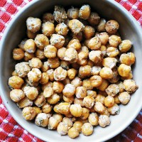 Roasted Ranch Chickpeas