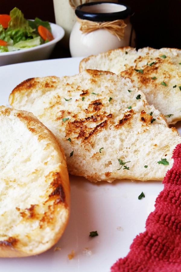 grilled-garlic-bread-3