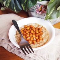 Savory Oats with Chickpeas in Peanut Sauce