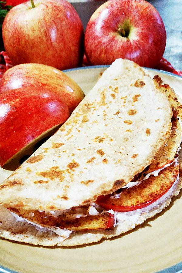 apple-pie-quesadilla-202