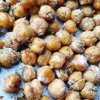 roasted-ranch-chickpeas-thumb3
